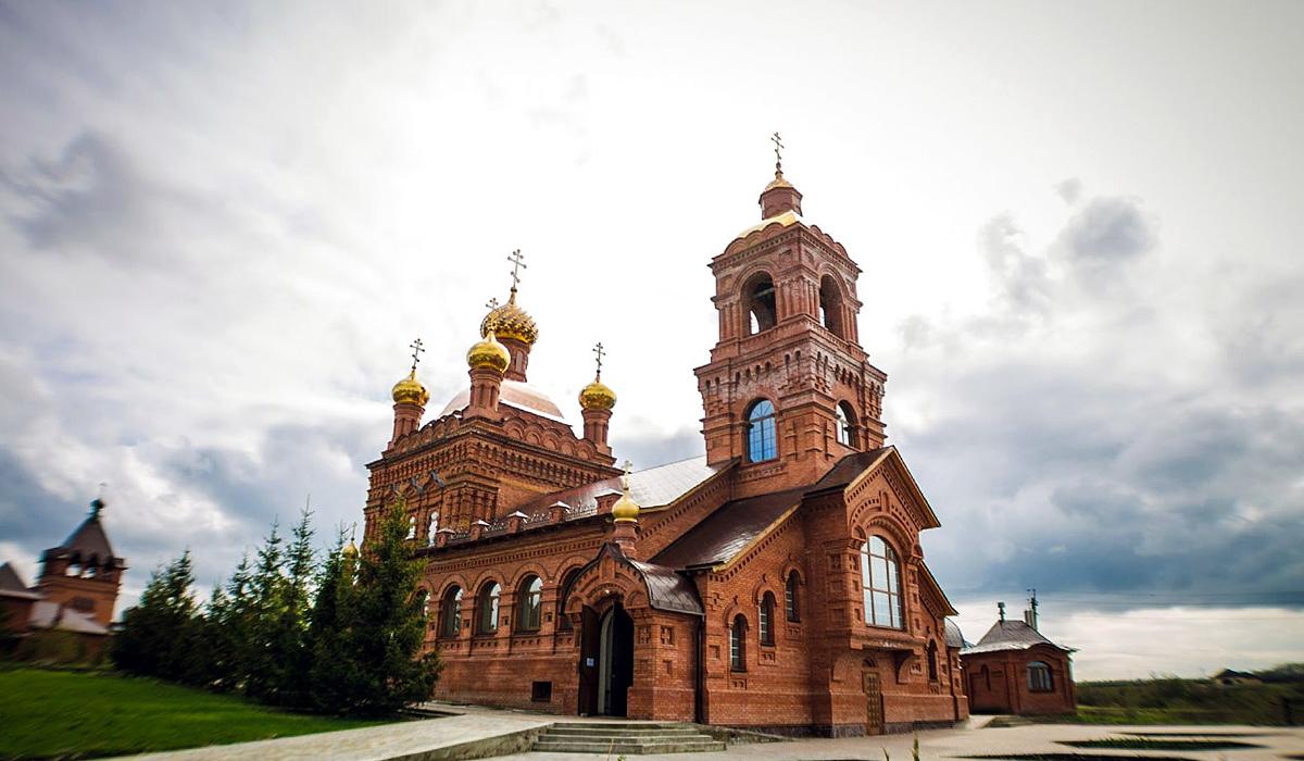 женский монастырь Михаила-Архангела (между Ульяновском и Ундорами)
