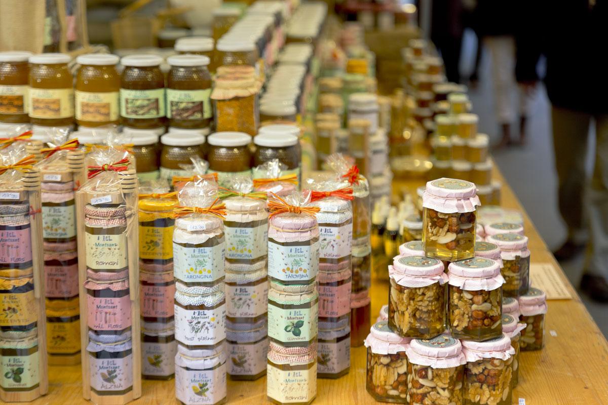 Фира Артесана – главный медовый рынок Барселоны