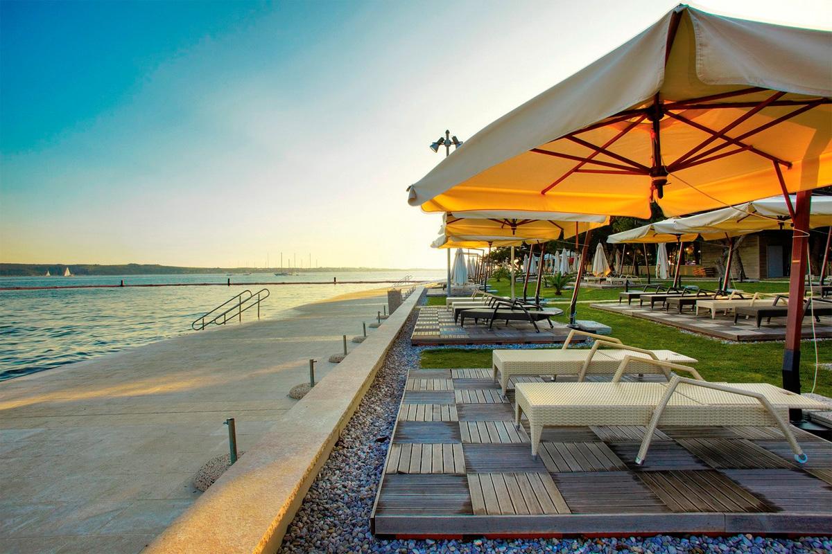 пляж Медуза