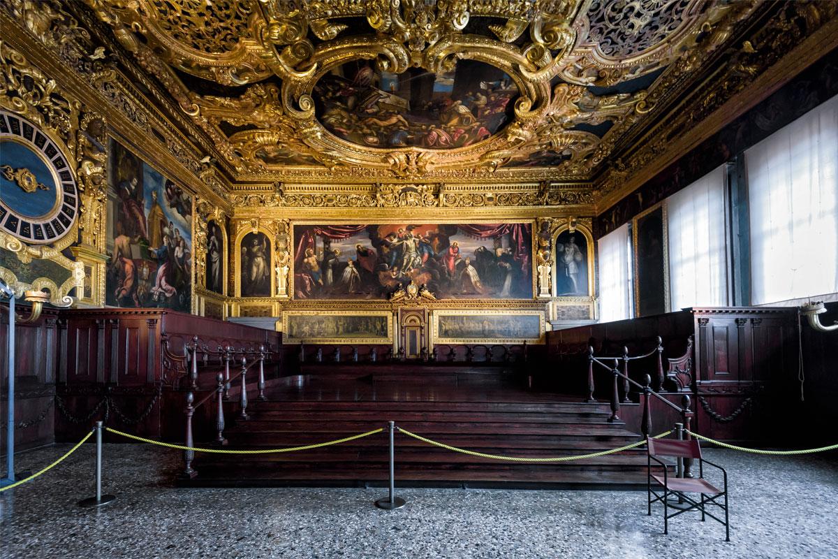 интерьер дворца дожей