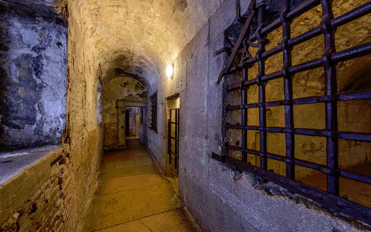 тюрьма в дворце дожей
