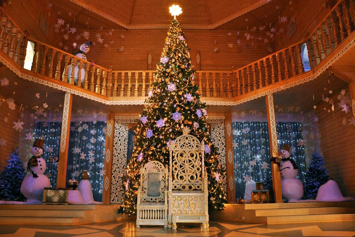 тронный зал в тереме Деда Мороза